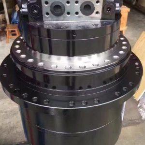 Редуктор хода JCB240 с мотором