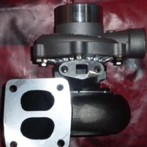 Турбокомпрессор (турбина) 6137-82-8200 Komatsu