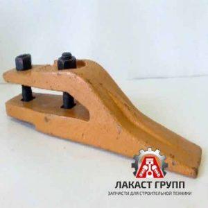 KOMATSU-CZentralnyj-zub-pogruzchika-W93-312204054